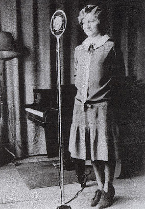 Peggy Reichel at WDRC's New Haven studios in the 1930s